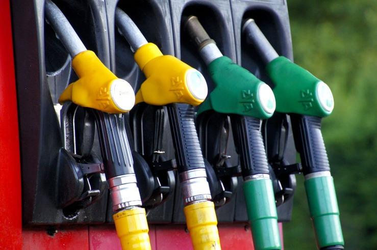 fuel-1596622_1280.jpg
